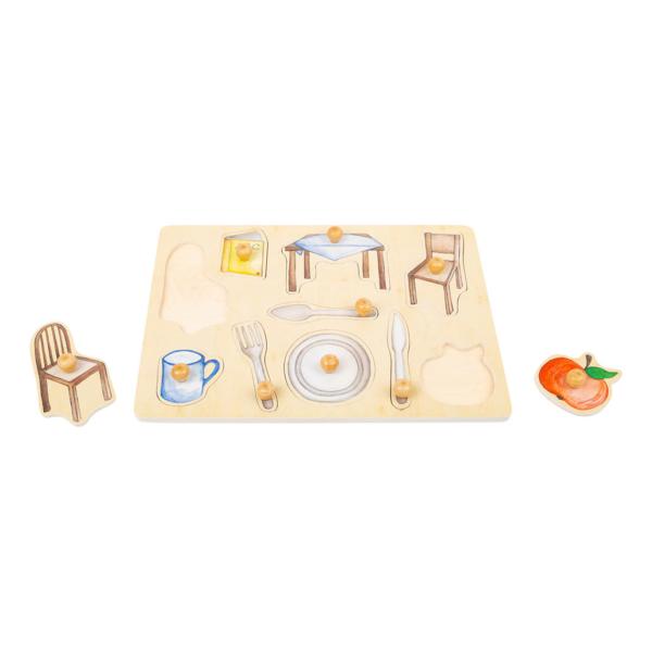 Puzzle à boutons en bois À table !
